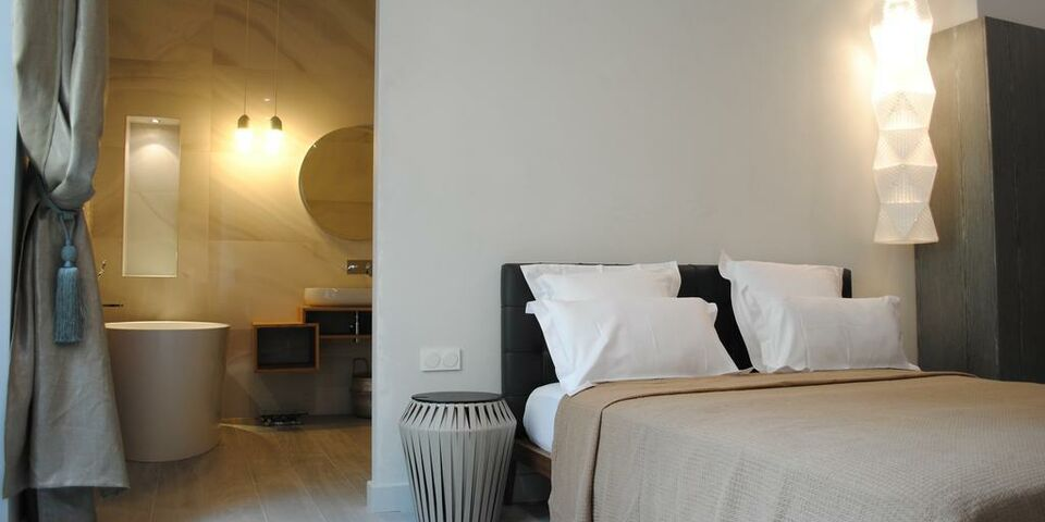 Les suites massena nice france my boutique hotel for Hotel boutique nice