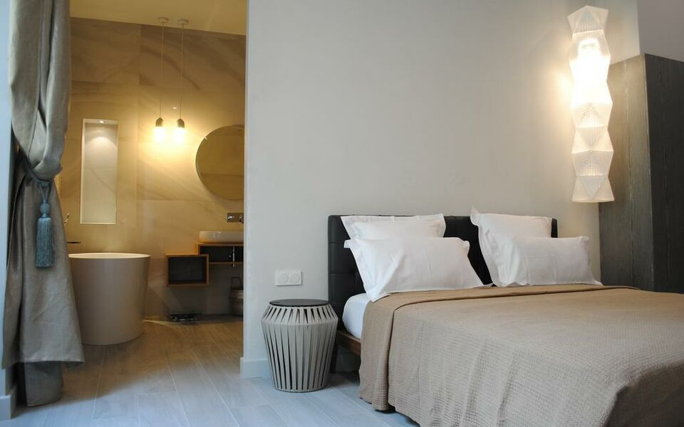 Les suites massena a design boutique hotel nice france for Boutique hotel nice