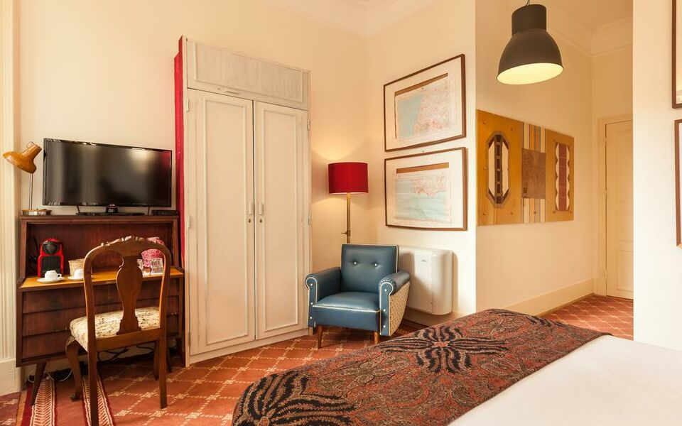 The independente suites terrace lisbonne portugal my for Independent boutique hotels