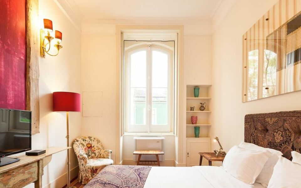 The independente suites terrace lissabon portugal for Independent boutique hotels