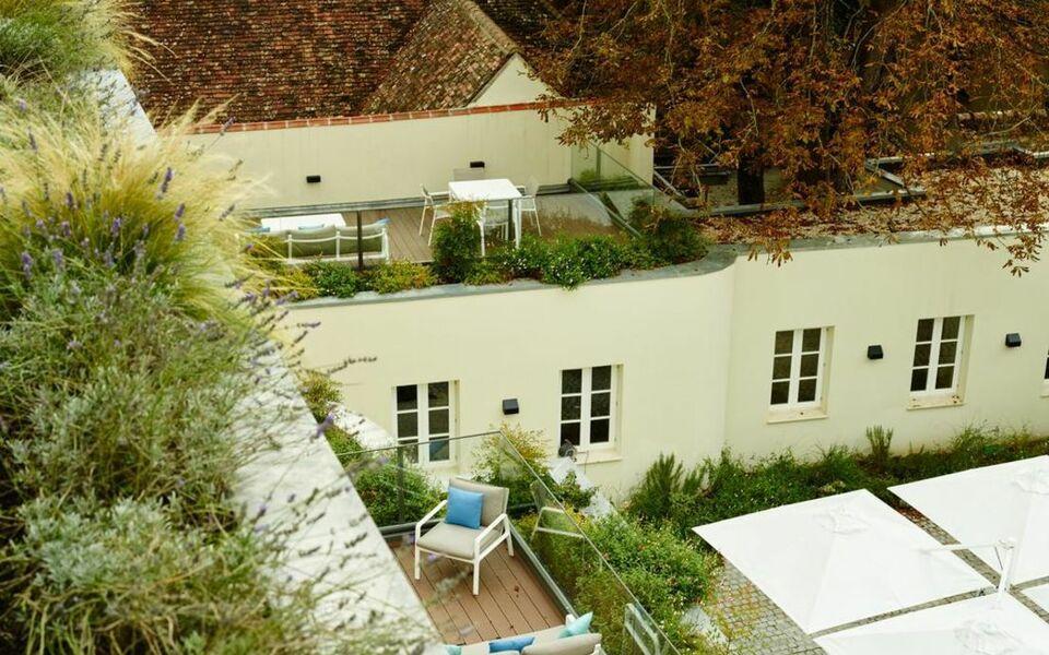 La demeure du parc fontainebleau france my boutique hotel - Hotel fontainebleau piscine ...