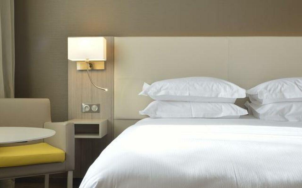 Ac Hotel By Marriott Marseille Prado Velodrome  A Design