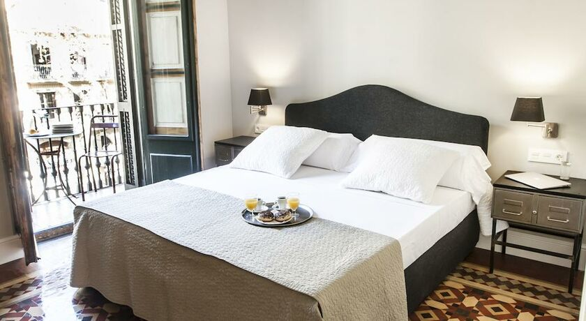 We boutique hotel barcelona a design boutique hotel barcelona spain - Magasin design barcelone ...
