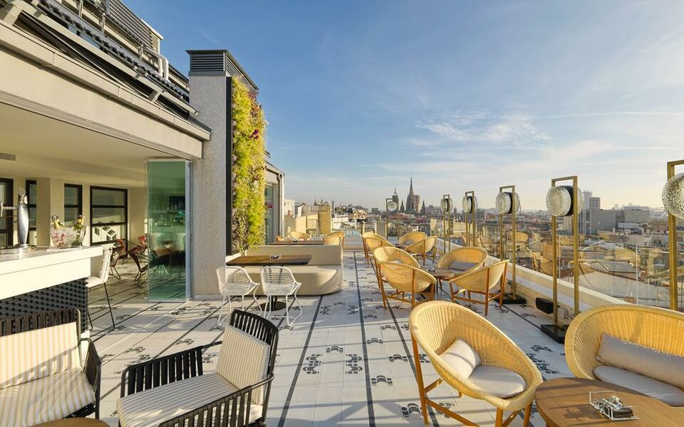 H10 cubik 4 sup a design boutique hotel barcelona spain for Ma boutique hotel