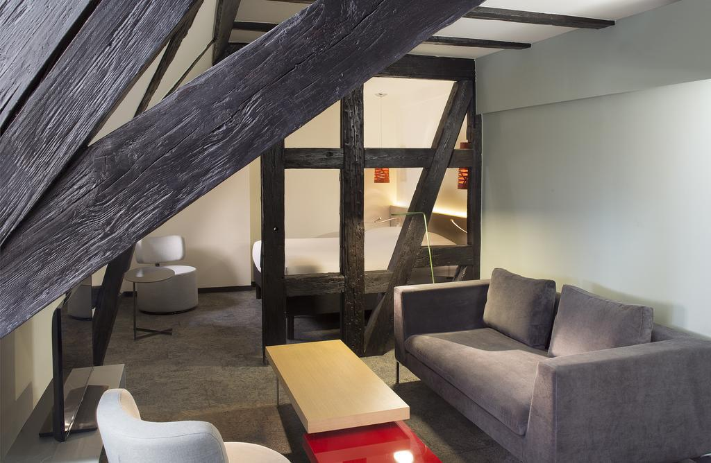 Le colombier a design boutique hotel colmar france for Boutique hotel alsace
