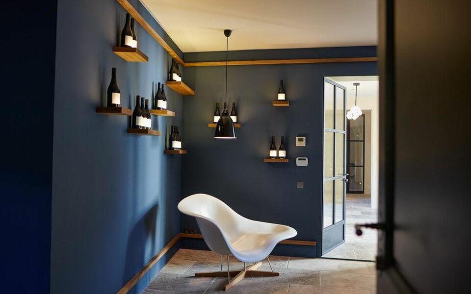 domaine de fontenille lauris frankreich. Black Bedroom Furniture Sets. Home Design Ideas