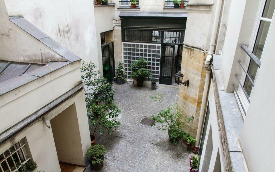 Hotel Rue Montorgueil Paris