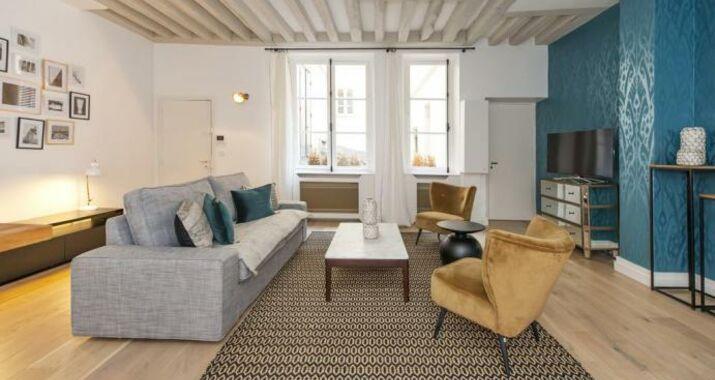 Boutique apartment ile saint louis a design boutique for Flat hotel paris