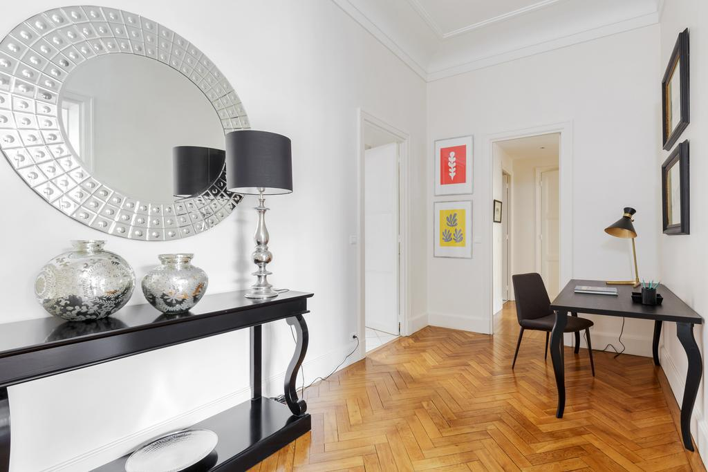 My address in paris appartement invalides paris france for Boutique hotel 7eme