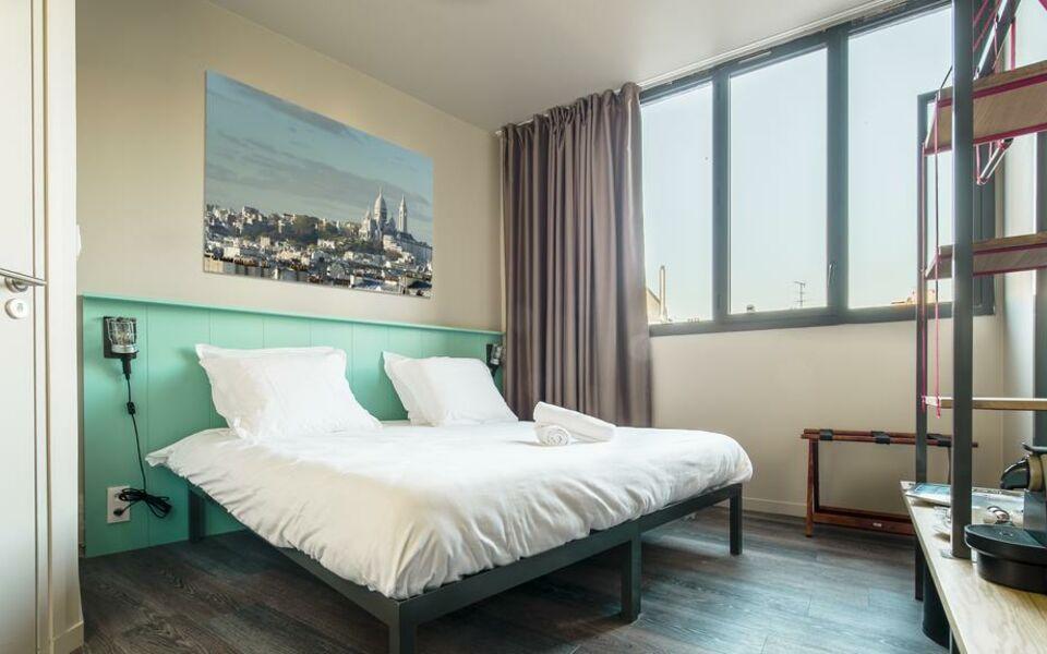 les piaules a design boutique hotel paris france. Black Bedroom Furniture Sets. Home Design Ideas