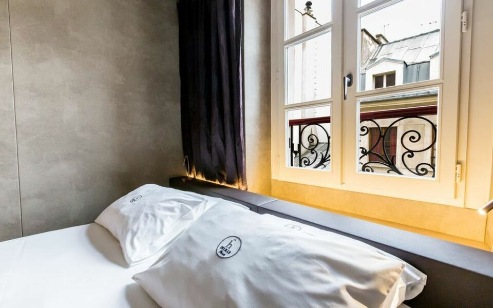 H tel de lille a design boutique hotel paris france for Design hotel des francs garcons saintes