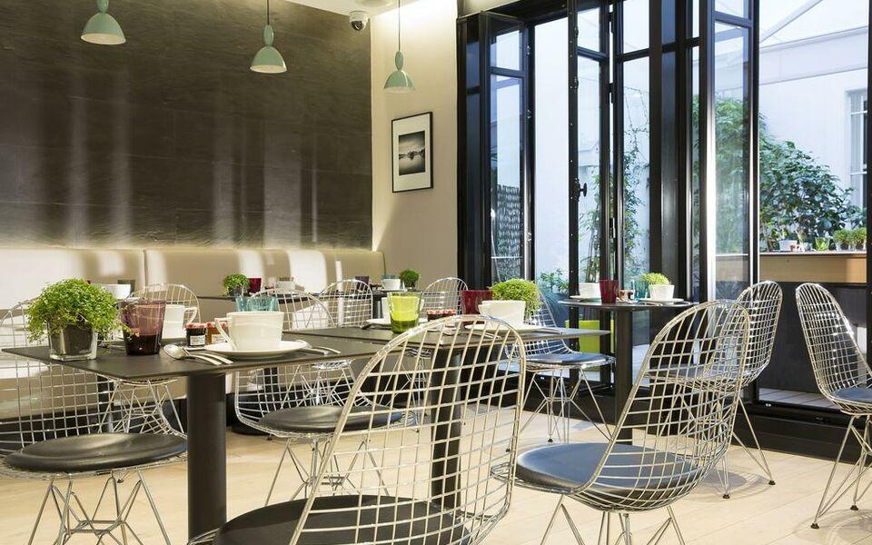 Cler hotel a design boutique hotel paris france for Cler hotel paris