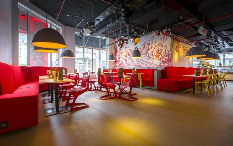 Radisson red hotel brussels a design boutique hotel for Top design hotels belgium