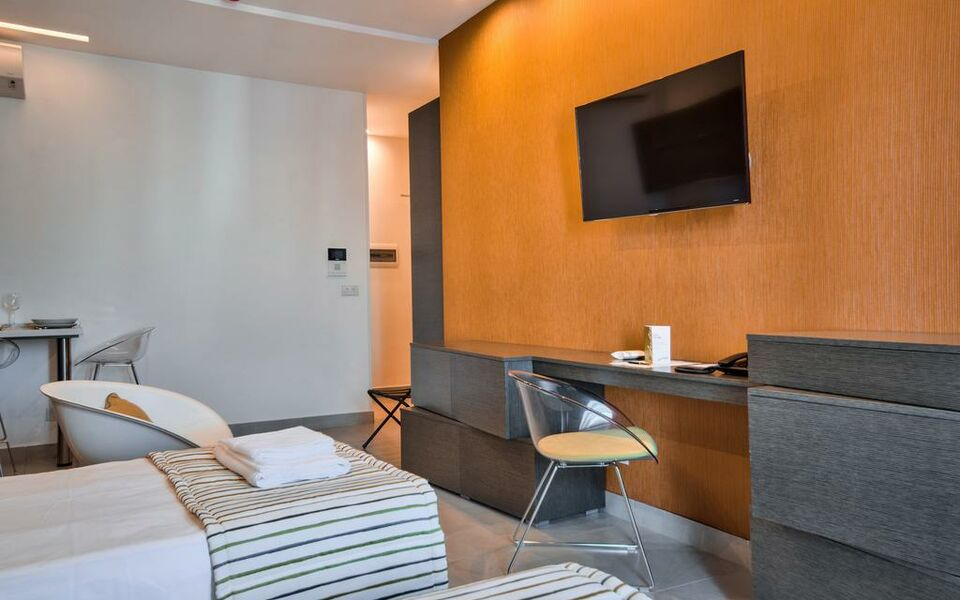 Jules suites a design boutique hotel st julian 39 s malta for Design hotel jules