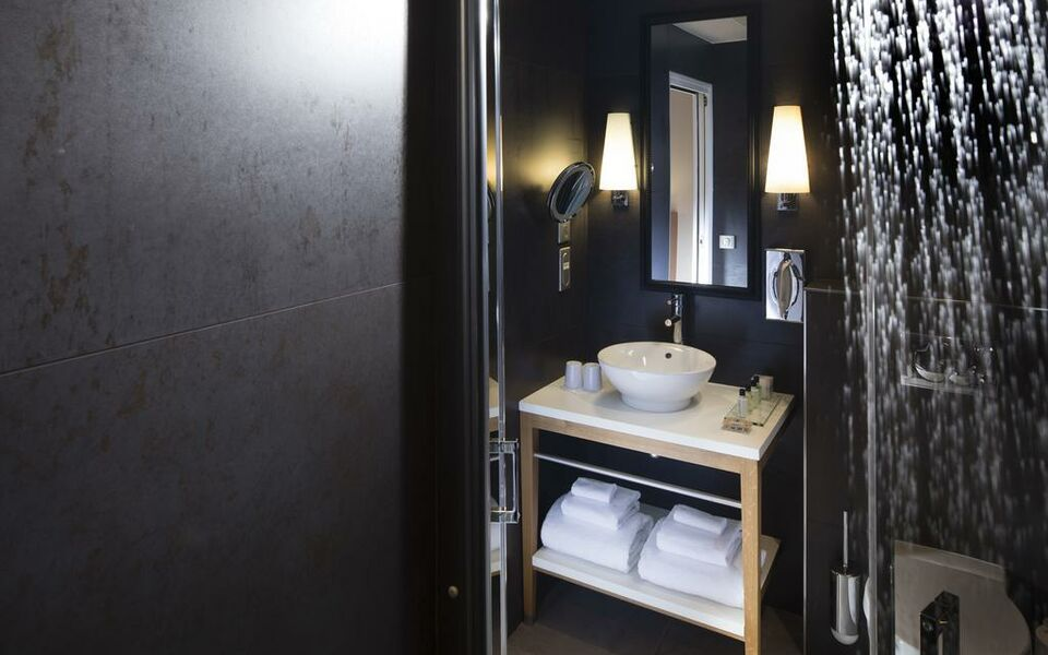 Hotel Le Six, Paris, 06-arr (5)