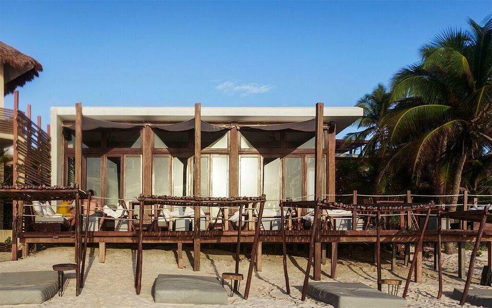 Sanara tulum a design boutique hotel tulum mexico for Best boutique hotels tulum