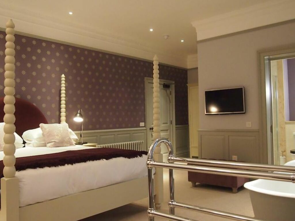 Hotels With Bath In Room Newcastle