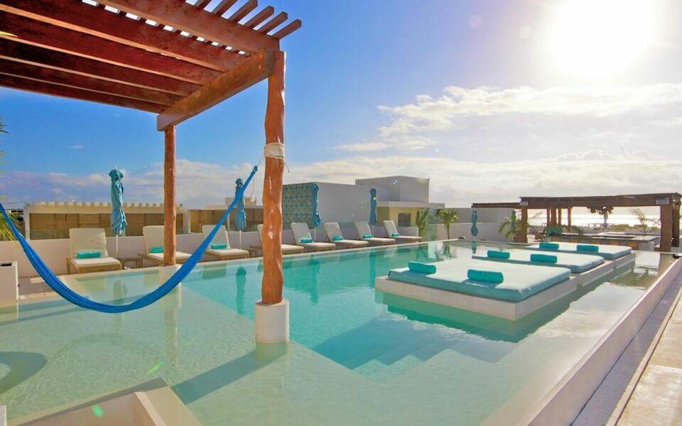 the palm at playa playa del carmen mexique my boutique hotel. Black Bedroom Furniture Sets. Home Design Ideas