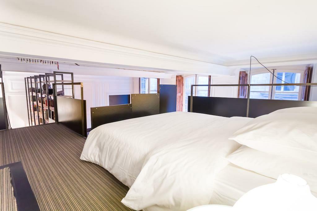 Apt puits gaillot a design boutique hotel lyon france for Boutique hotel lyon
