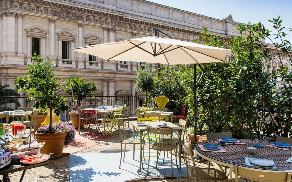 Salotto monti a design boutique hotel rome italy for Design boutique hotel rome