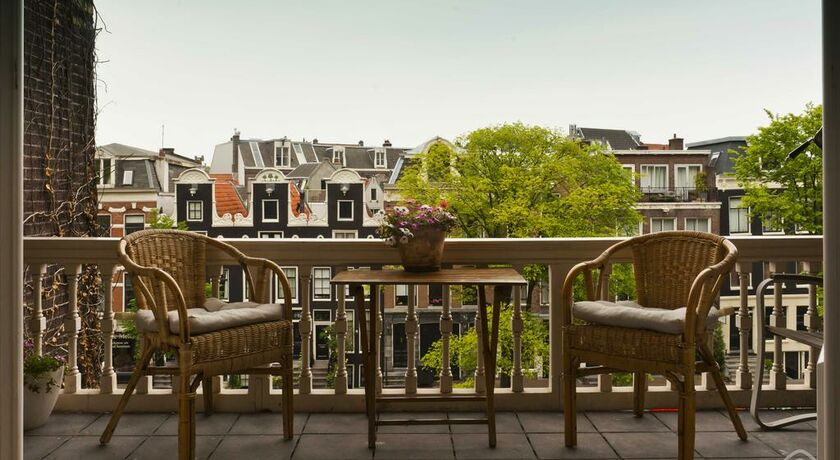 Smoking Hotels In Amsterdam City Centre
