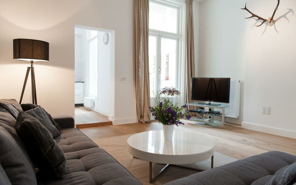 Modern Patio Apartment Amsterdam, Amsterdam, Oud-West (1)