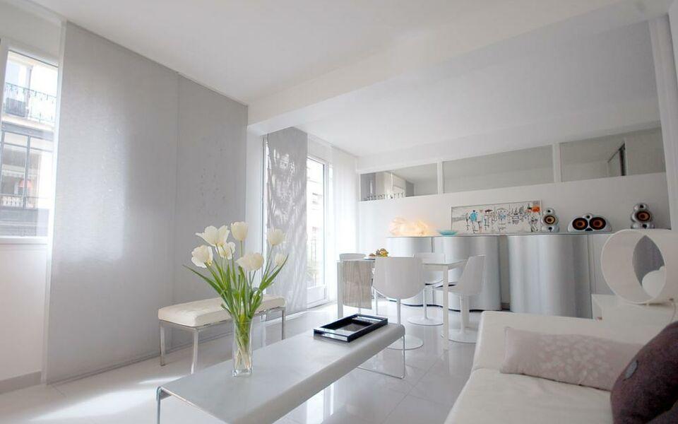 My apartment ferrandi a design boutique hotel paris france for Design hotel des francs garcons saint sauvant