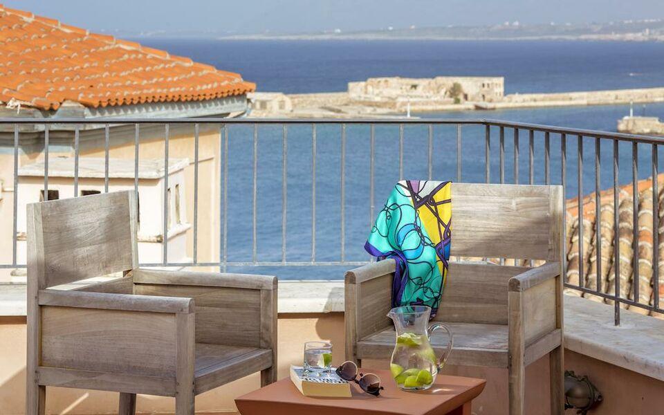Casa delfino hotel spa a design boutique hotel chania for Design hotel crete