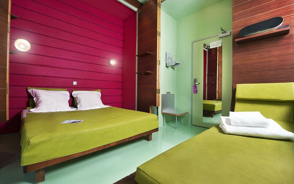 Spity hotel a design boutique hotel nice france for Nice hotel design