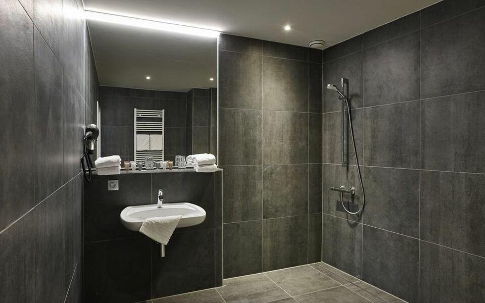 Hotel monsieur ernest a design boutique hotel bruges belgium - Patician room ...