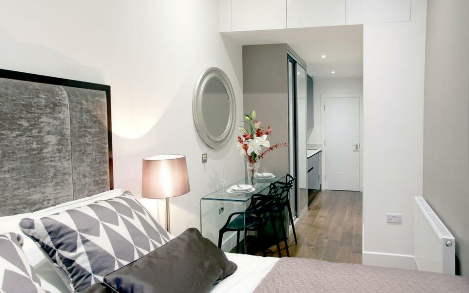 Valet Apartments Golden Square, London, Westminster (4)