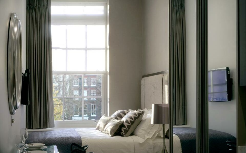 Valet Apartments Golden Square, London, Westminster (8)