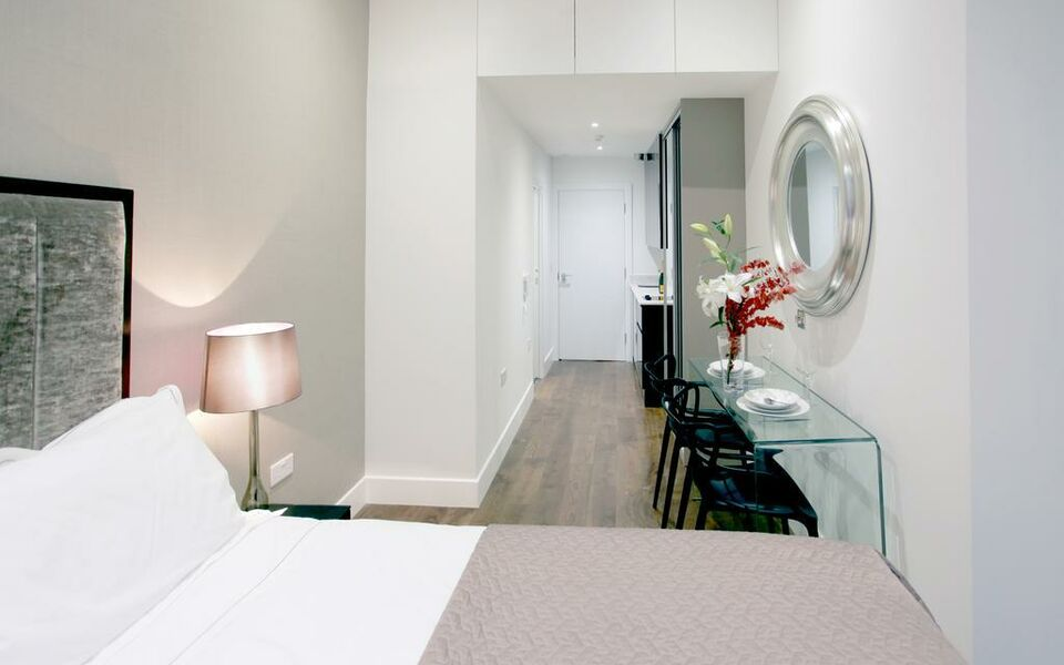 Valet Apartments Golden Square, London, Westminster (9)