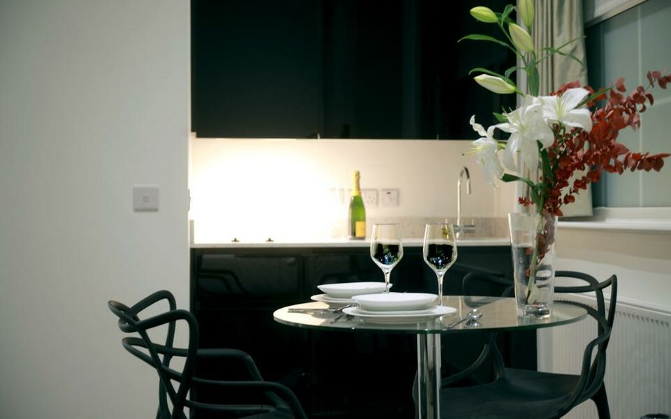 Valet Apartments Golden Square, London, Westminster (15)