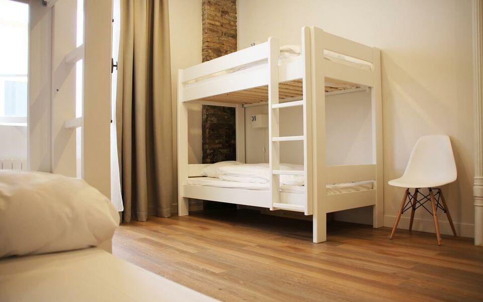 Slo living hostel a design boutique hotel lyon france for Design boutique hotel lyon