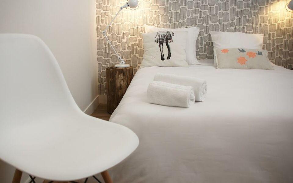 slo living hostel a design boutique hotel lyon france. Black Bedroom Furniture Sets. Home Design Ideas