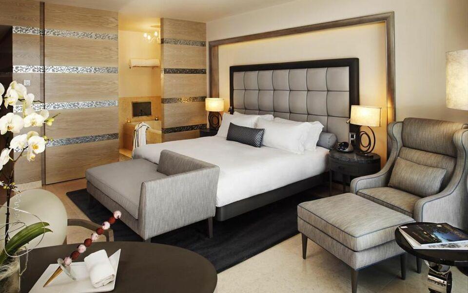 conrad algarve a design boutique hotel quinta do lago portugal. Black Bedroom Furniture Sets. Home Design Ideas