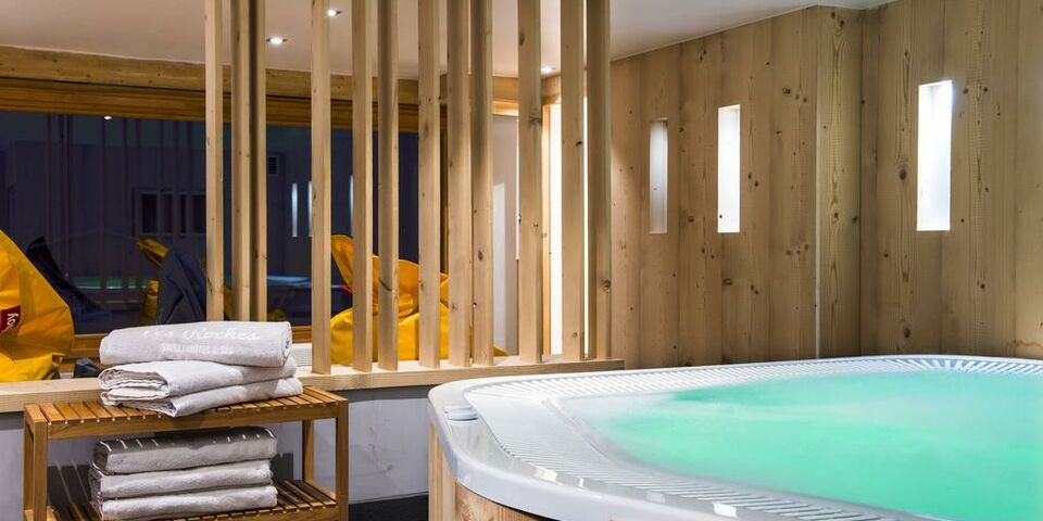 Cordon france pictures and videos and news for Hotel design spa france