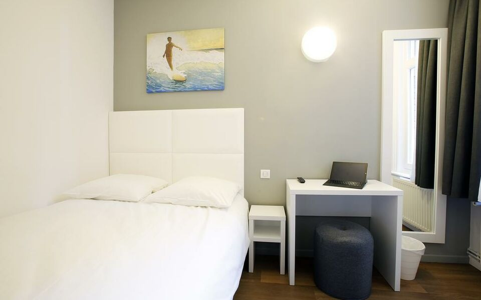 H tel calm lille a design boutique hotel lille france for Hotel design lille