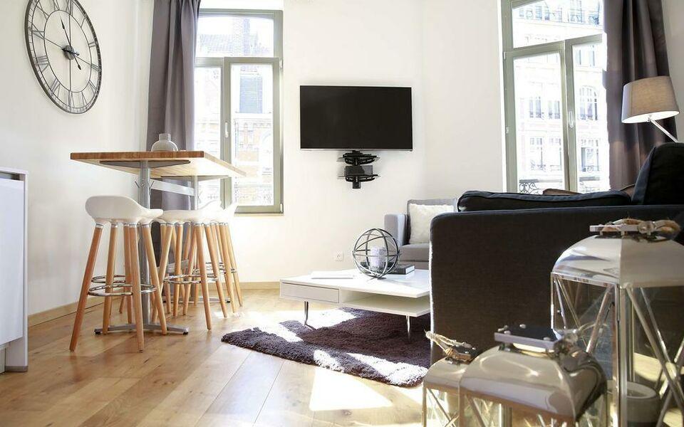 flandres appart h tel lille francia. Black Bedroom Furniture Sets. Home Design Ideas