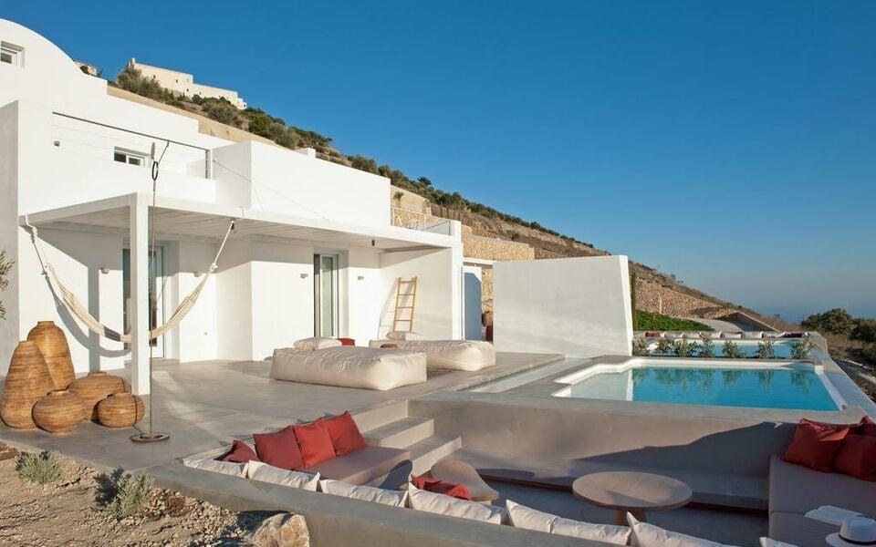 Santorini heights santorin gr ce my boutique hotel for Hotel santorin piscine privee