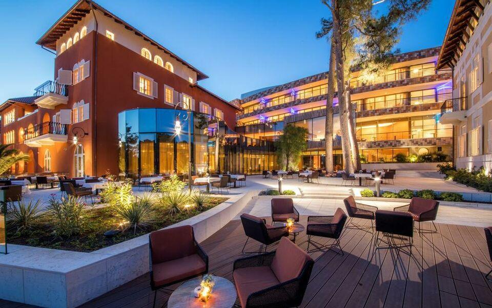 Boutique hotel alhambra a design boutique hotel mali for Design boutique hotel zagreb