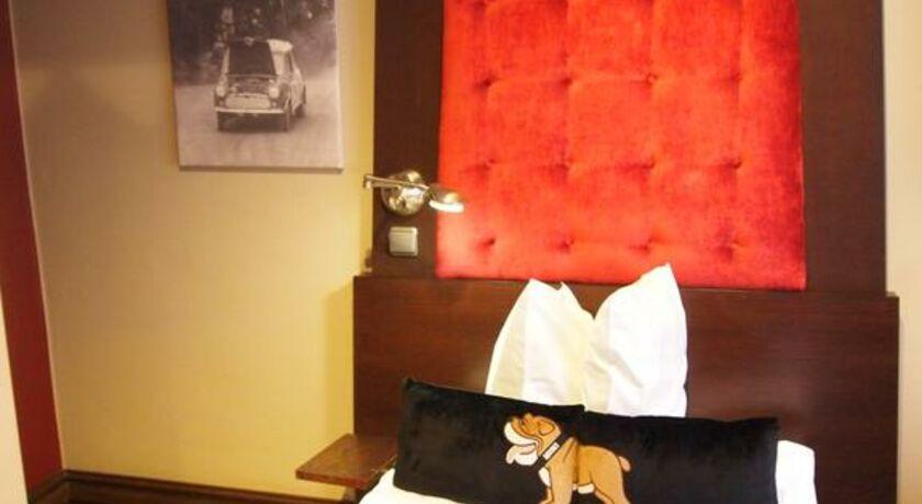 hotel klaus k helsinki finnland. Black Bedroom Furniture Sets. Home Design Ideas