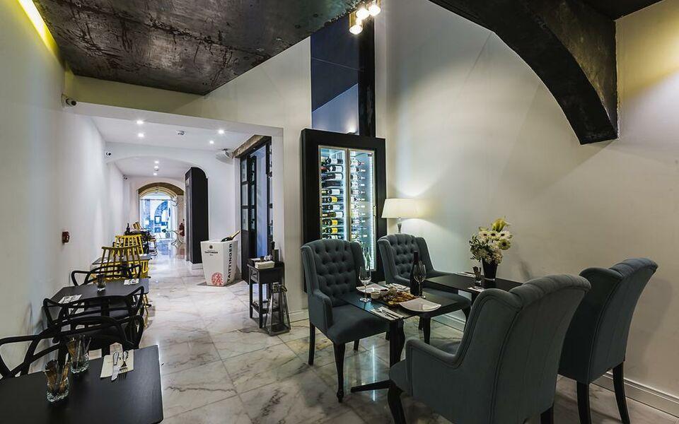 Su29 boutique hotel a design boutique hotel valletta malta for Design boutique hotel malta