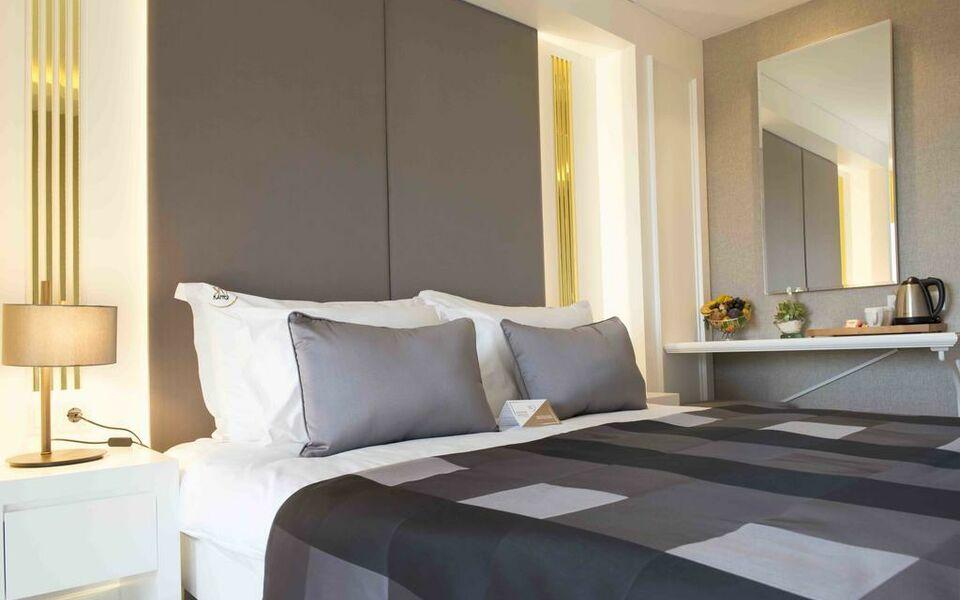 Sky kamer hotel antalya a design boutique hotel antalya turkey for Hotelkamer