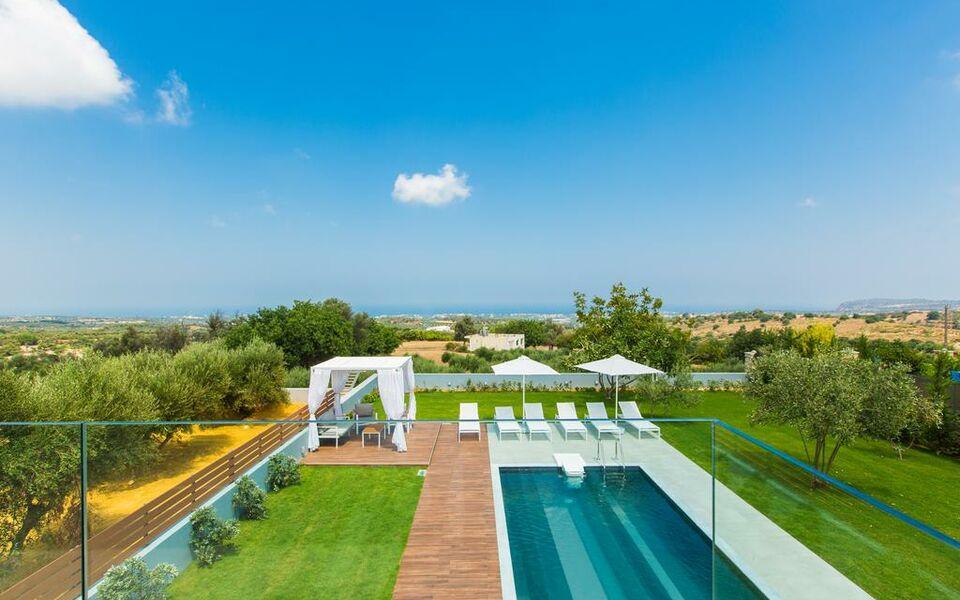 My exclusive villa crete a design boutique hotel for Design hotel crete