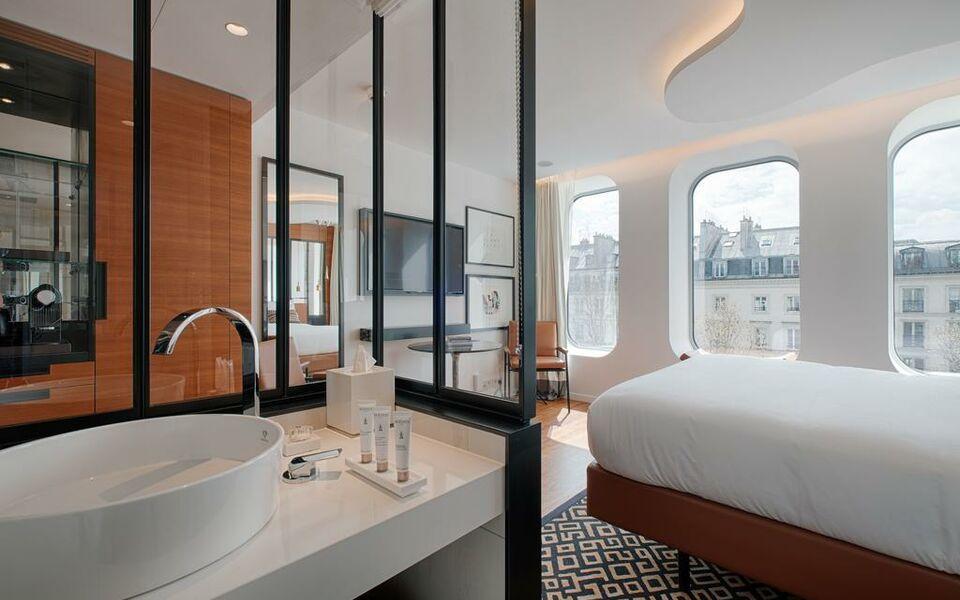 renaissance paris republique hotel spa a design boutique hotel paris france. Black Bedroom Furniture Sets. Home Design Ideas