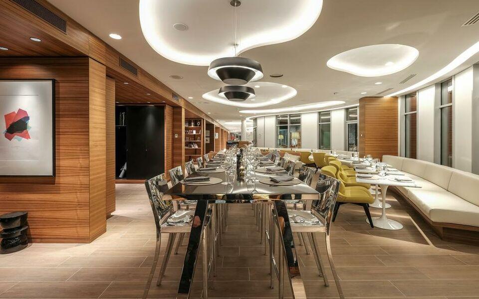 renaissance paris republique hotel spa paris frankreich. Black Bedroom Furniture Sets. Home Design Ideas