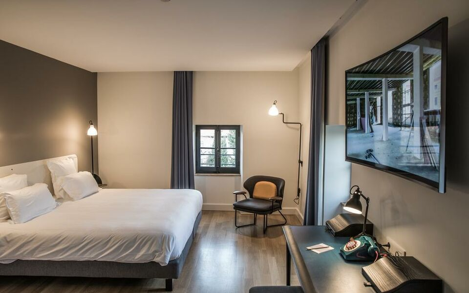 Fourvi re h tel a design boutique hotel lyon france for Chambre design lyon