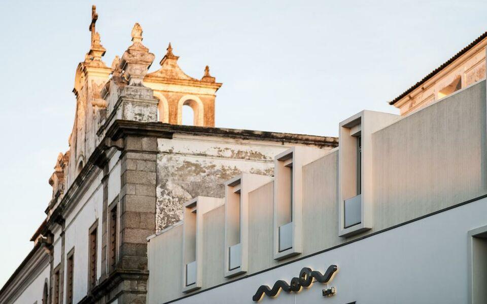 moov hotel vora a design boutique hotel vora portugal. Black Bedroom Furniture Sets. Home Design Ideas